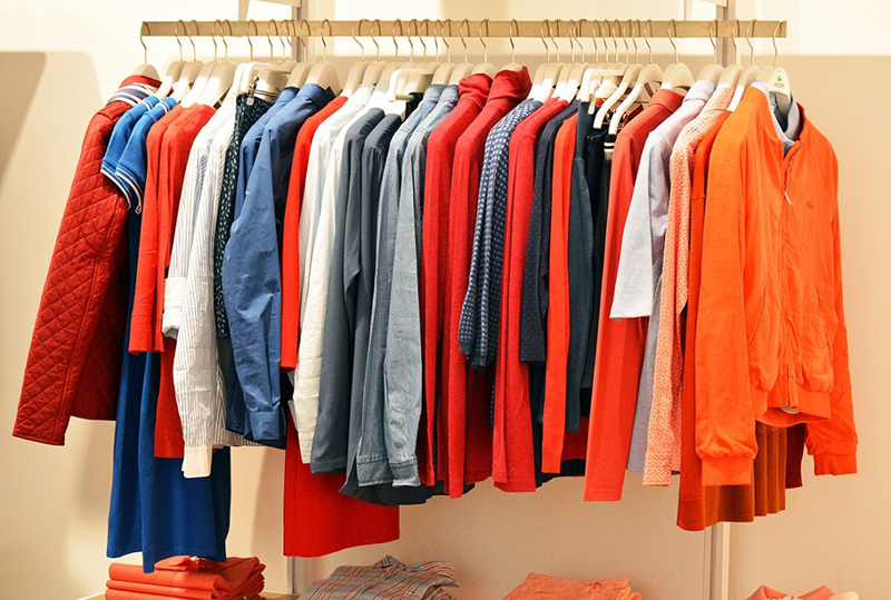 Nằm mơ thấy quần áo cho thấy bạn là người sống tích cực